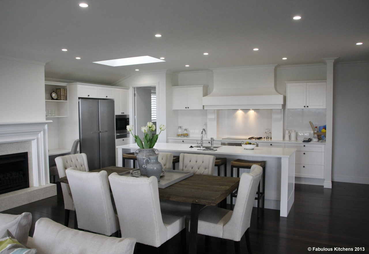 Gallery 26 remuera gallery fabulous kitchens for Fabulous kitchens