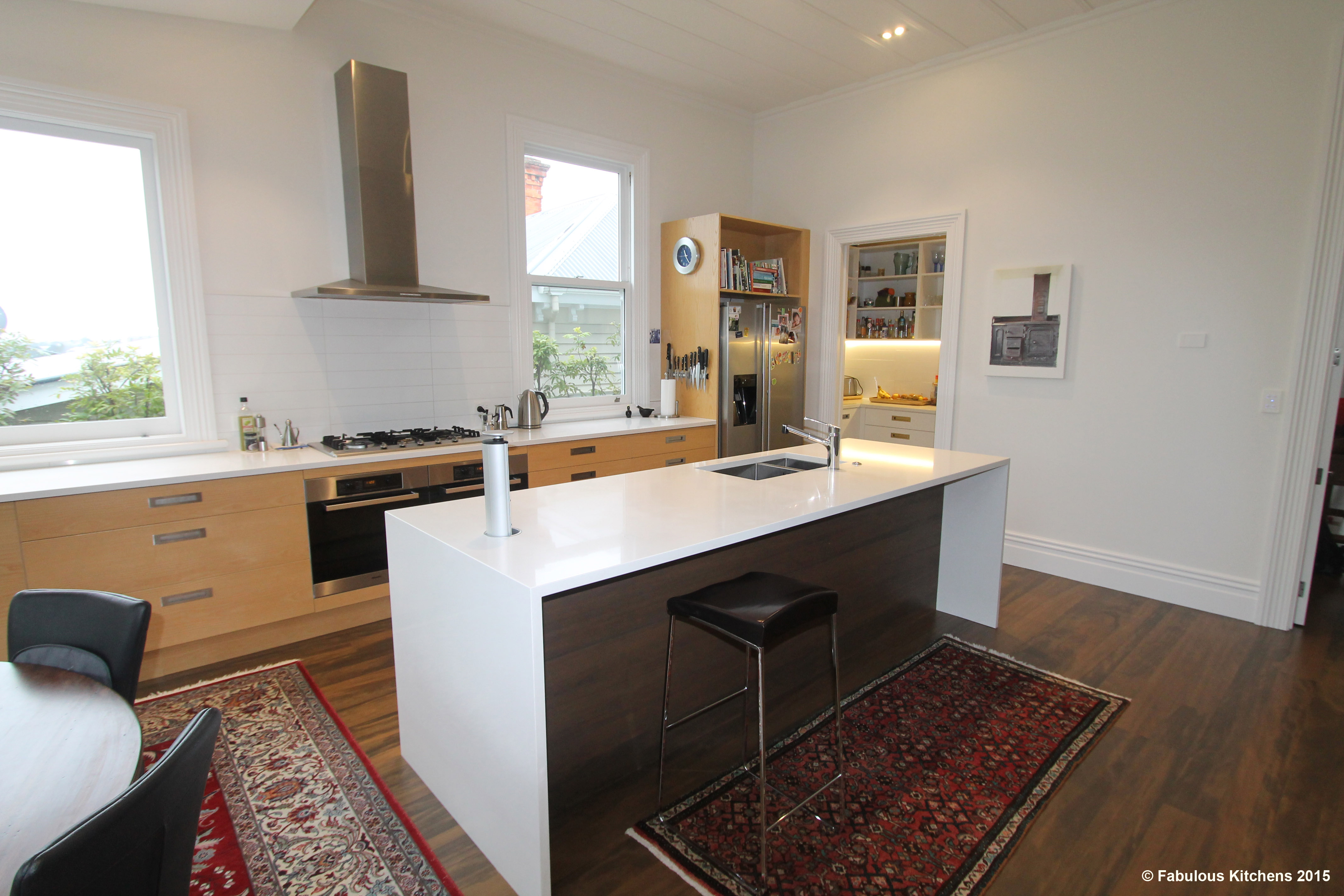 Gallery 44 grey lynn gallery fabulous kitchens for Fabulous kitchens